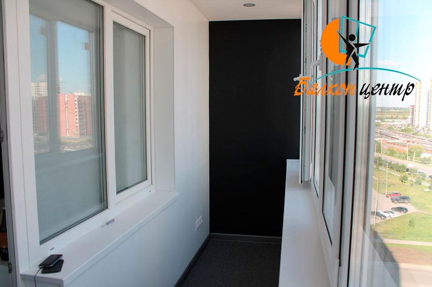 Отделка балкона покраской